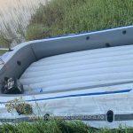 Zece adulţi si doisprezece copii au traversat Dunărea, din Serbia, cu o barca gonflabilă