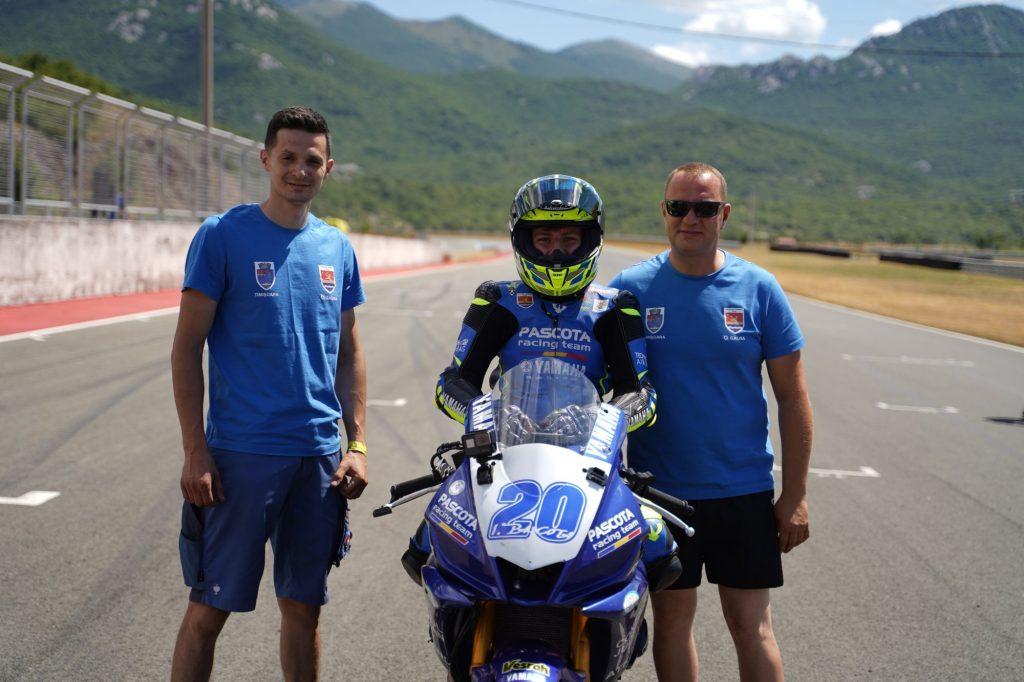 La numai 14 ani, giroceanul Patrick Pascotă, debut în Campionatul European de Motociclism Viteză