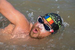 Avram Iancu se pregătește pentru încă un record mondial. Va înota 12 ore continuu în râul Bega