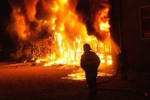 Sute de intervenții ale pompierilor militari timișeni în weekend-ul prelungit