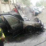 O mașină a luat foc pe o stradă din Lugoj