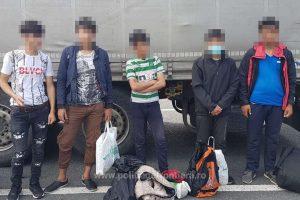 Zece migranți ascunși în TIR-uri, depistați în ultimele 24 de ore, la frontiera cu Ungaria