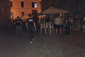 Polițiștii au dat 61 de amenzi seara trecută la Timișoara. Ce fapte au fost sancționate