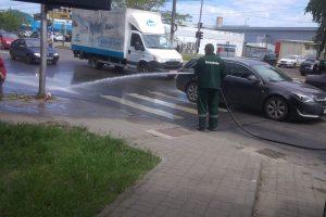 Unde să nu parchezi săptămâna viitoare când se mătură și spală străzile