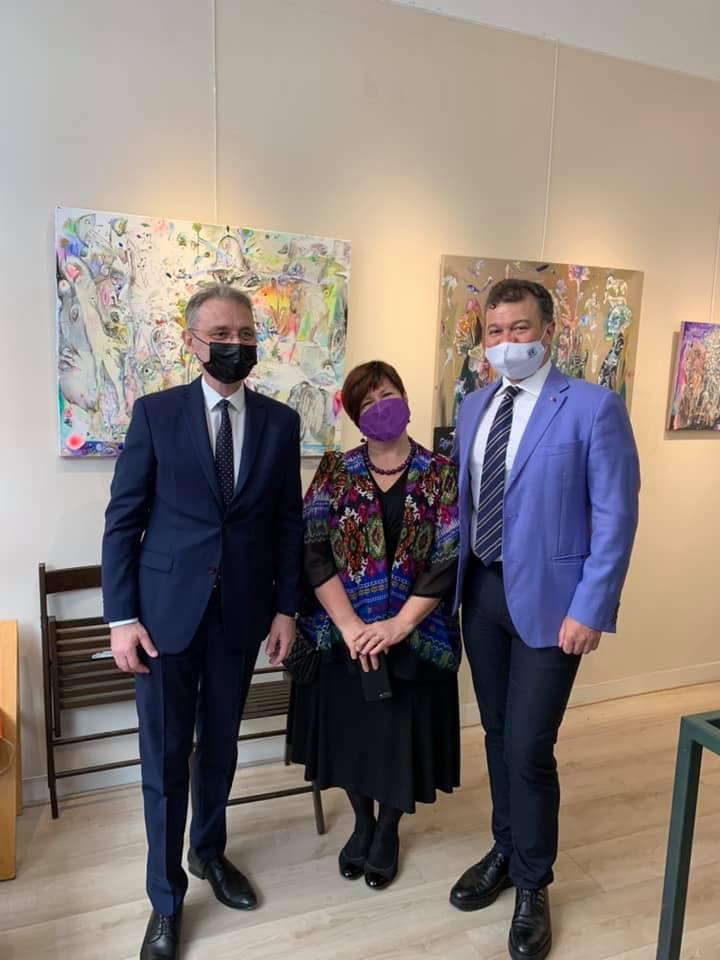"""Expoziția ,,ARTE30"""", organizată la Paris de Facultatea de Arte și Design a UVT"""