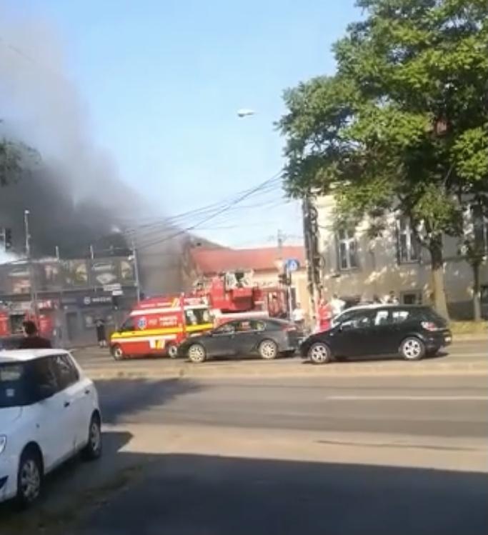 Incendiu puternic în zona Brâncoveanu