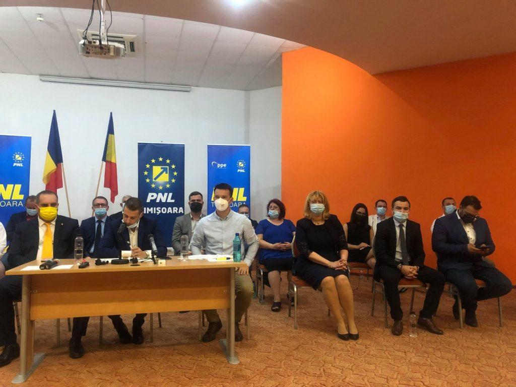 18 persoane suspendate din PNL pentru 6 luni