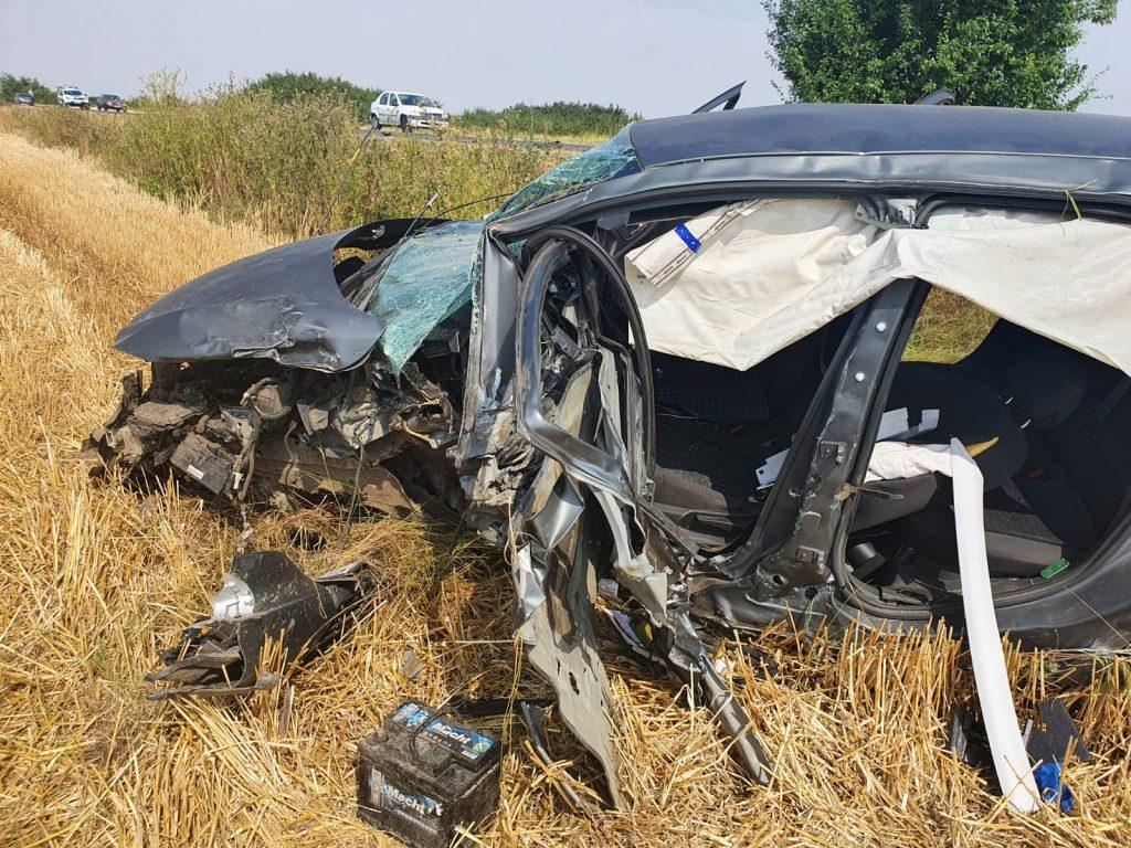 Doi șoferi au ajuns la spital în urma unui accident care a avut loc în Timiș. FOTO