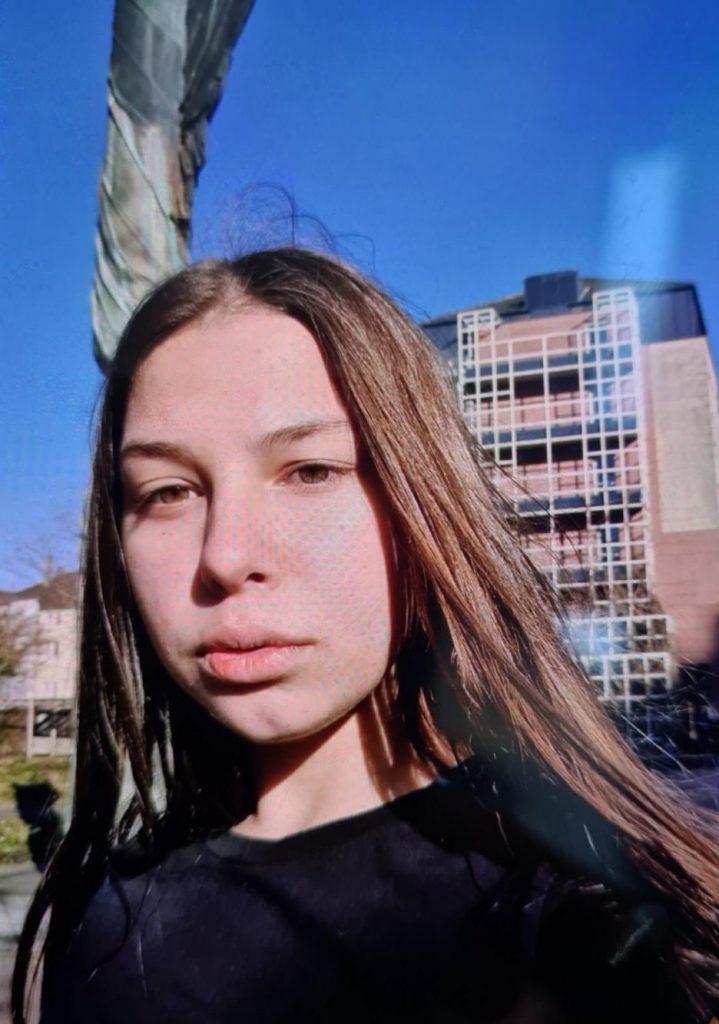 Fată de 13 ani dispărută din Giroc