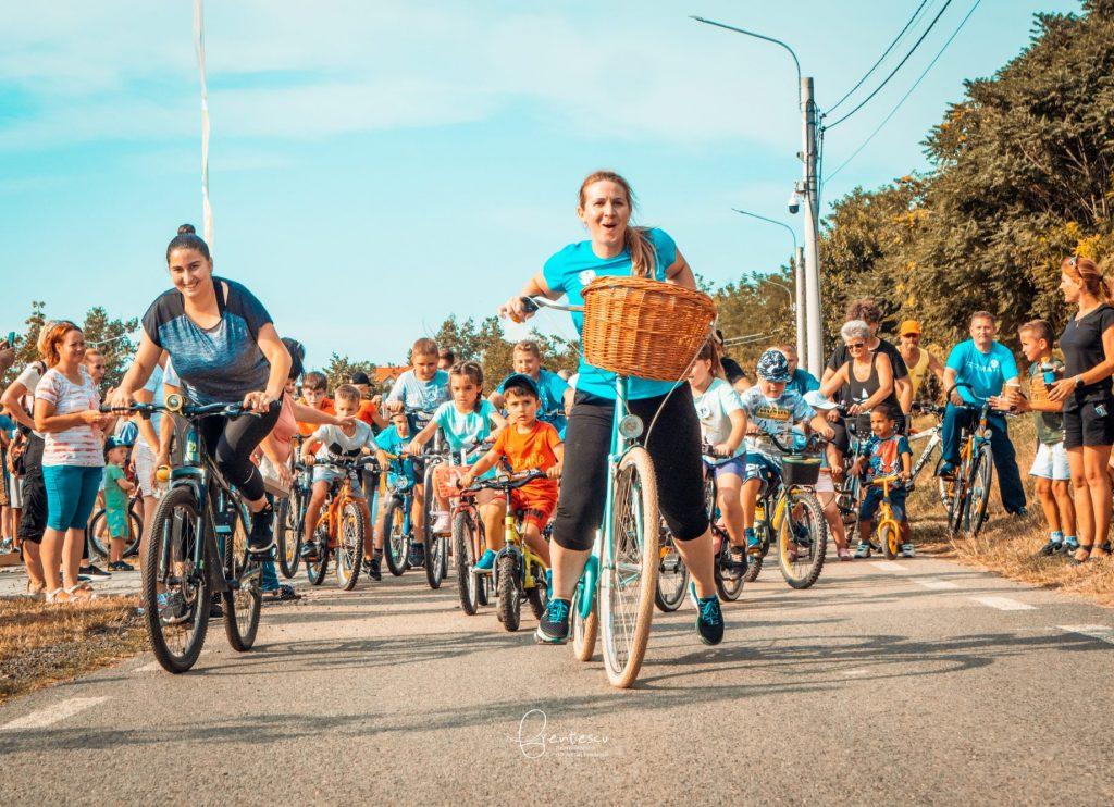 Sute de participanți la evenimentul sportiv și de strângere de fonduri pentru operația lui Cristian, la Giarmata