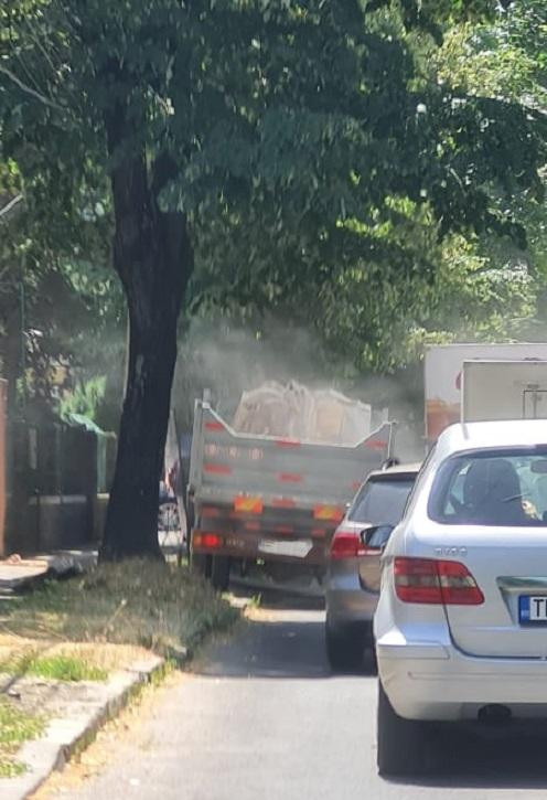Polițiștii locali verifică modul în care sunt gestionate deșeurile din construcții la șantiere. Au dat amenzi de 30.000 de lei