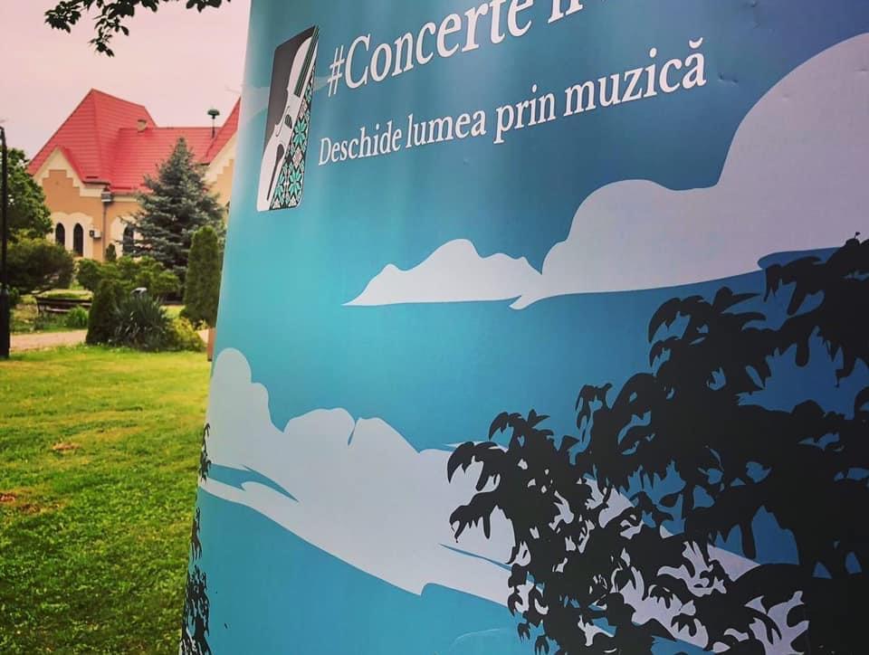 Luna septembrie aduce Concerte'n sat