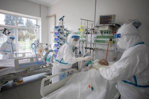 Bilanț covid: 15.410 noi infectări și 357 de decese în ultimele 24 de ore. Record de persoane internate la ATI: 1.848
