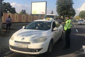 Autobuzele, microbuzele și autovehiculele de transport persoane sau mărfuri verificate de polițiști