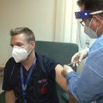 Din 2.560 de vaccinuri administrate în Timiș, în ultimele 24 de ore, 1.152 sunt doza 3